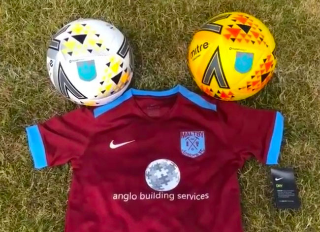 Anglo sponsor Maltby Juniors Under 10's